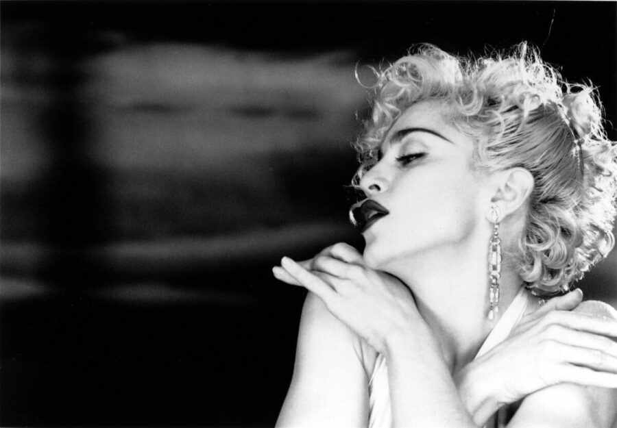 Madonna, «Justify My Love»