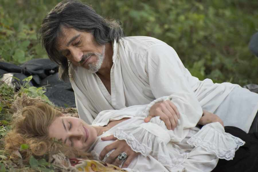 кадр из «Анжелика, маркиза ангелов» (2013)