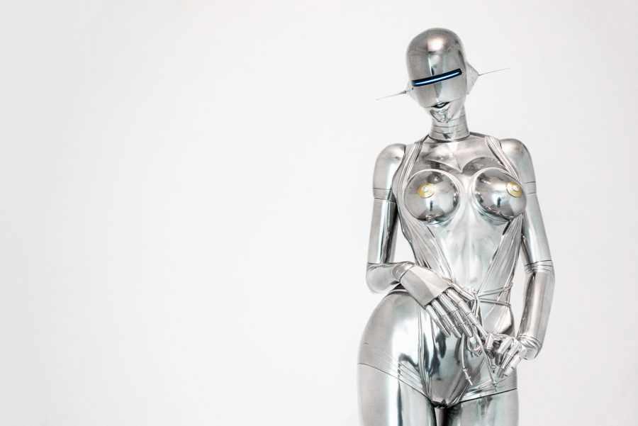 сексуальный робот женщина