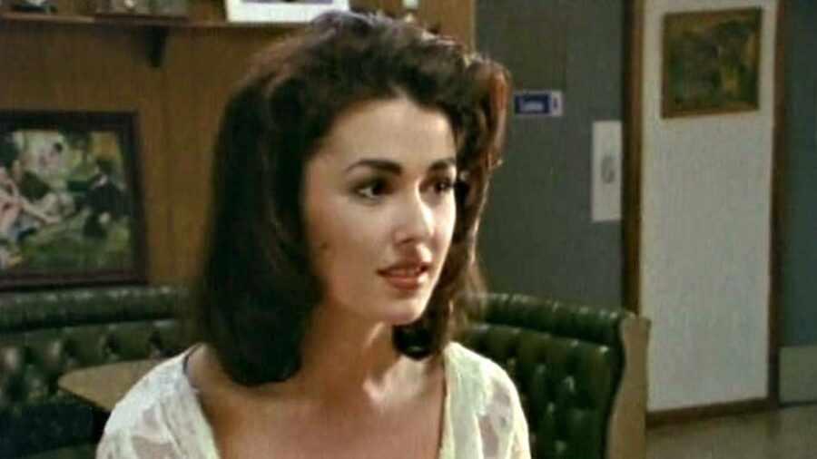 «Космическая любовница» (1996, США)