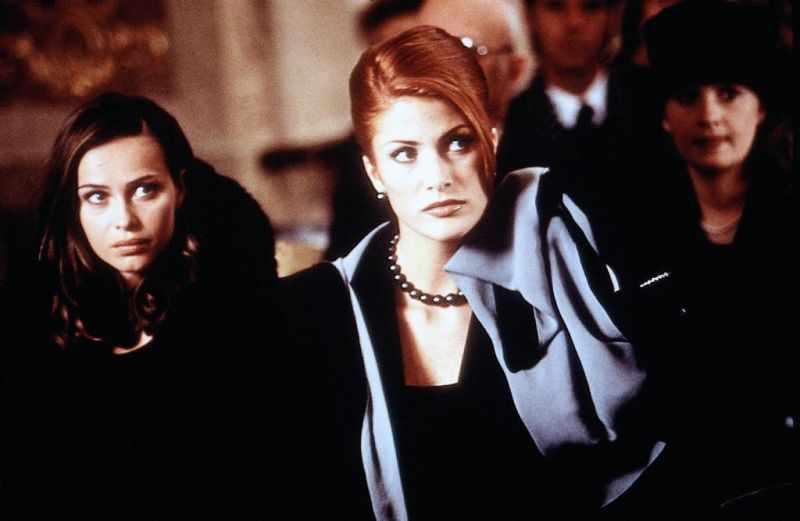Любовь в Париже (1997).