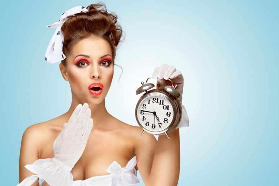 невеста с часами