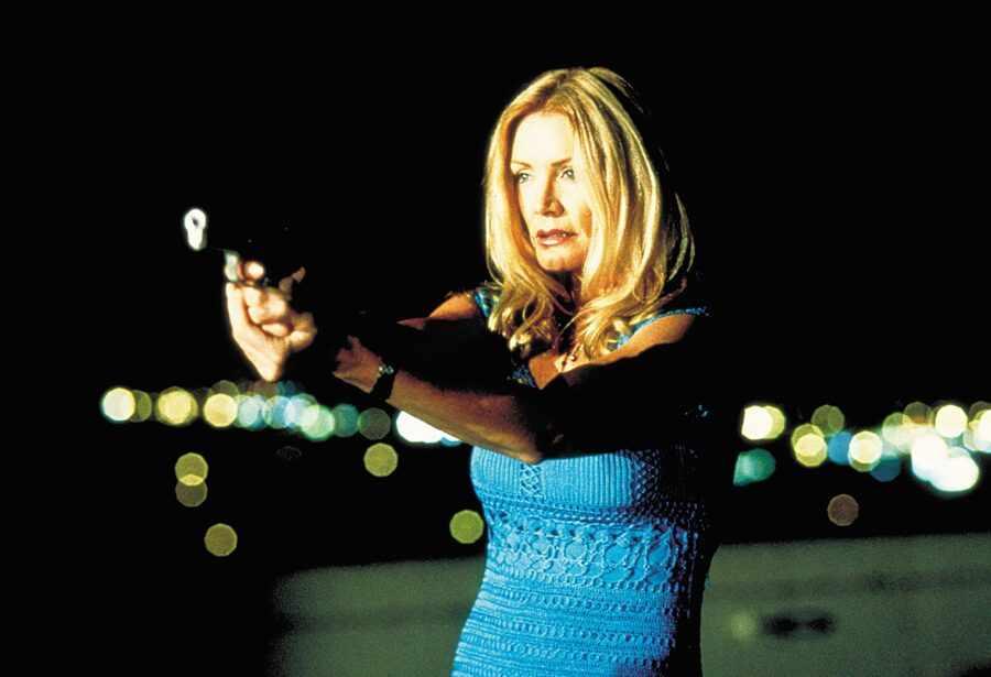 В постели с убийцей (США, 2001).