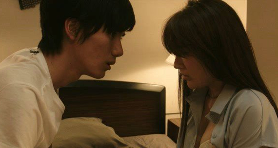 Не привычка, не любовь / Suki demo nai kuseni (Япония, 2016)