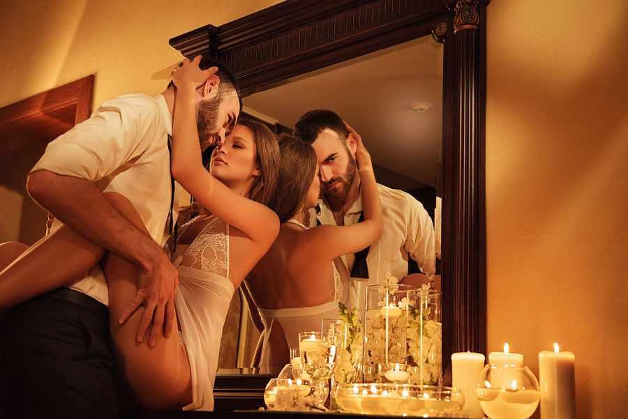 мужчина и женщина любят секс