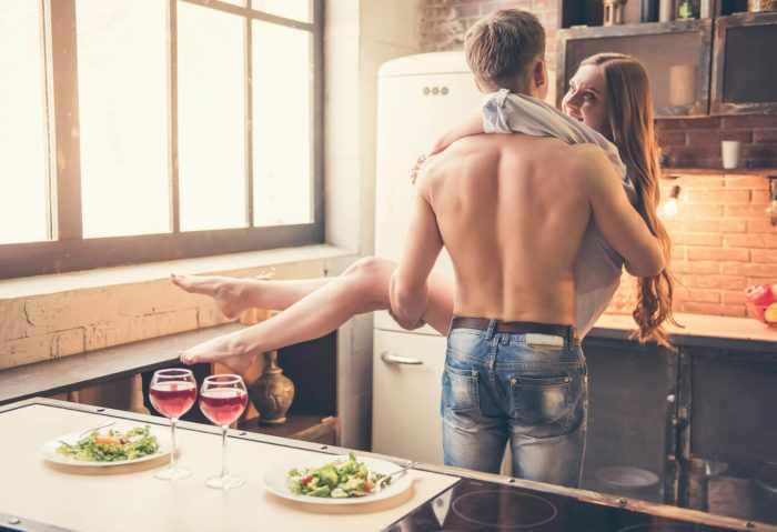Вкусная еда и красивая жена