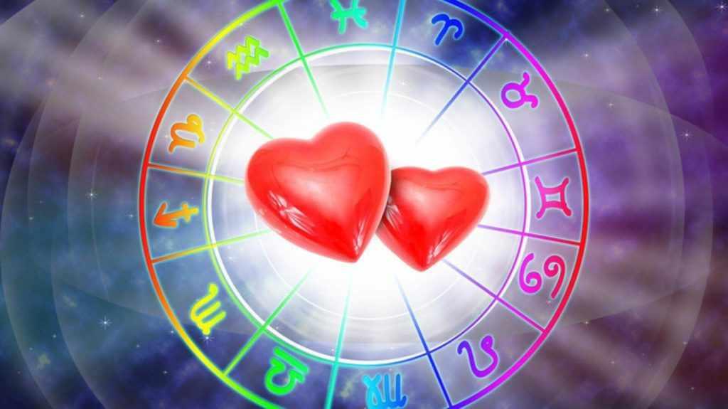 Как заигрывают разные знаки зодиака