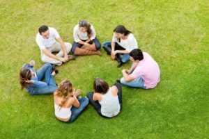 Общаться с друзьями