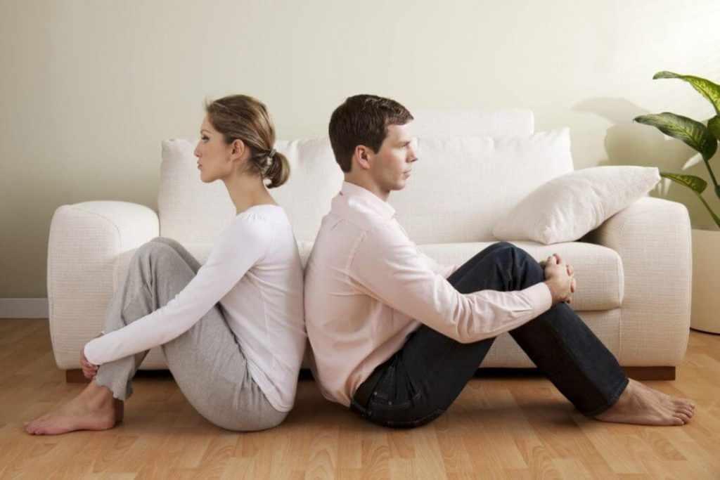 Жена страдает от отсутствия внимания со стороны мужа