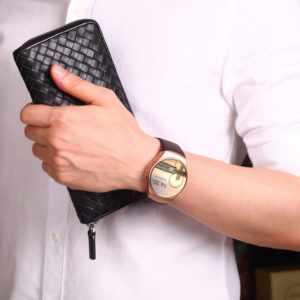 Подарить мужчине часы