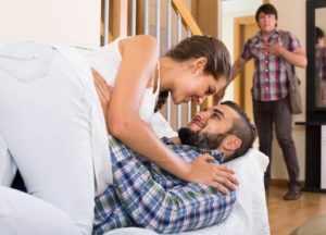 Как уличить жену в неверности