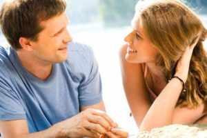 Психология жестов мужчин в отношениях с женщинами